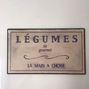 Distressed wall plaque